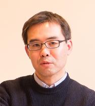 文芸批評家 浜崎洋介